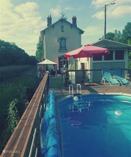 Genieten!!! Tuin, jeu de boules, trampoline, zwembad en terras!