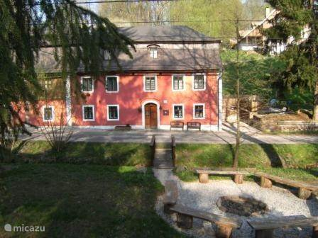 Vacation rental Czech Republic, Giant Mountains, Javornik-Rudnik Manor / Castle Vysneny Dum (Dream House)