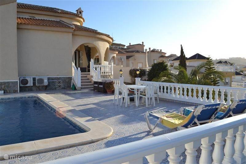 Rent casa dana ciudad quesada in rojales costa blanca for Casa decoracion ciudad quesada