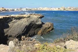 Het dorp Cabo de Palos aan de Middellandse Zee.