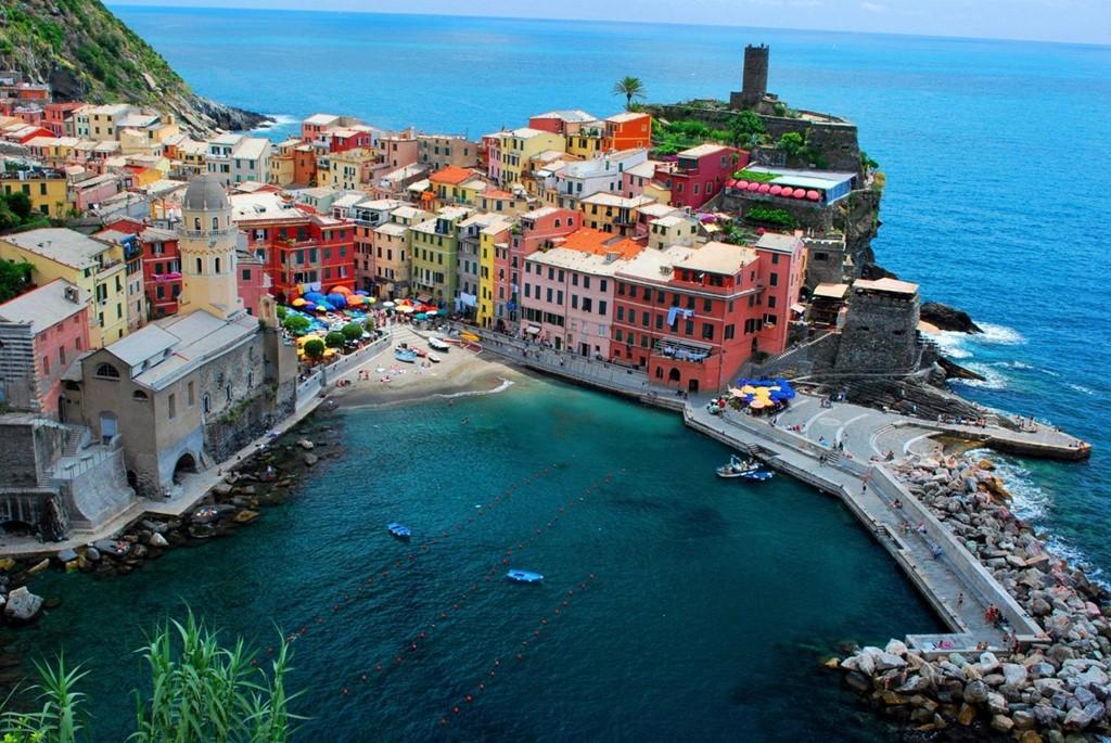 Toscane (Italie) is betoverend mooi in het Voorjaar! Strand, zee, mooie oude stadjes en landschappen in directe de omgeving!