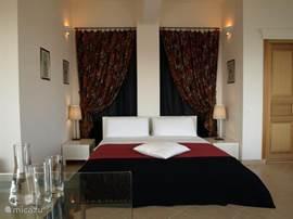 Slaapkamer, harmonische en intieme atmosfeer....