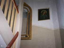 het trappenhuis naar de vakantiewoning