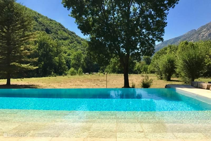 Vacation rental France, Hérault, Colombières-sur-Orb Villa Domaine de Rodie