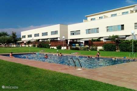 Vakantiehuis Spanje, Costa Dorada, Montbrió Del Camp geschakelde woning Casa Cambrils