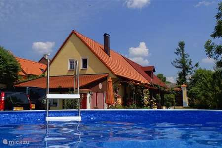 Vacation rental Czech Republic, West Bohemia, Stankov farmhouse The Holy Cow