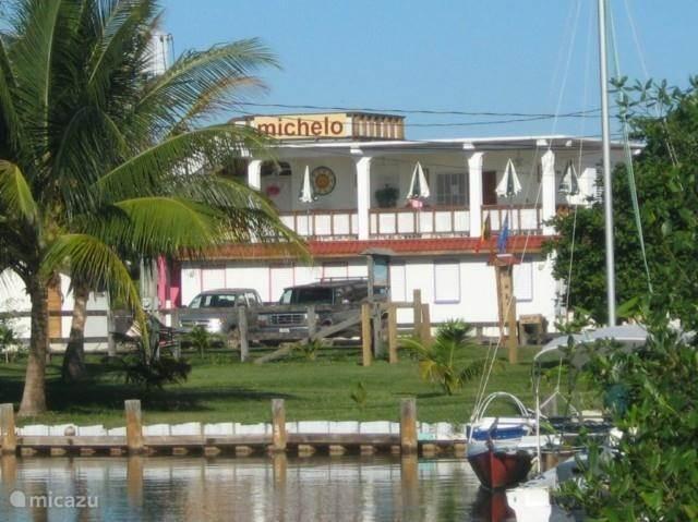 Vakantiehuis Belize, Kuststreek, Placencia Studio Michelo Suites