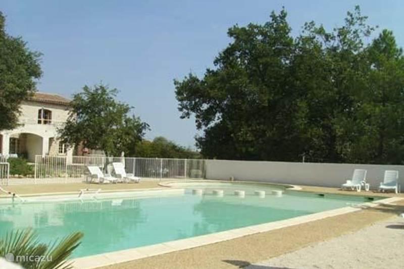 Vakantiehuis Frankrijk, Gard, Barjac Geschakelde woning Domaine de Cassagnole