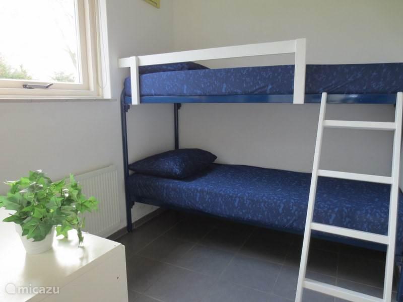De kleinste slaapkamer met stapelbed