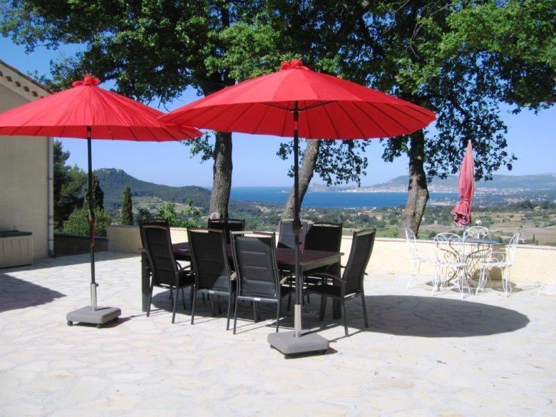 LAST MINUTE: €100 korting wk 2,3,4. Privacy, rust & romantiek! Veel zon, openhaard, wijn, golf, wandelen, 4600m2 tuin, fantastisch uitzicht op zee!