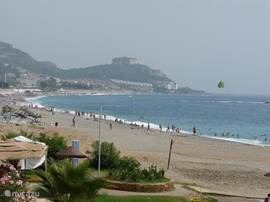 Kilometers strand op 2 km van de villa