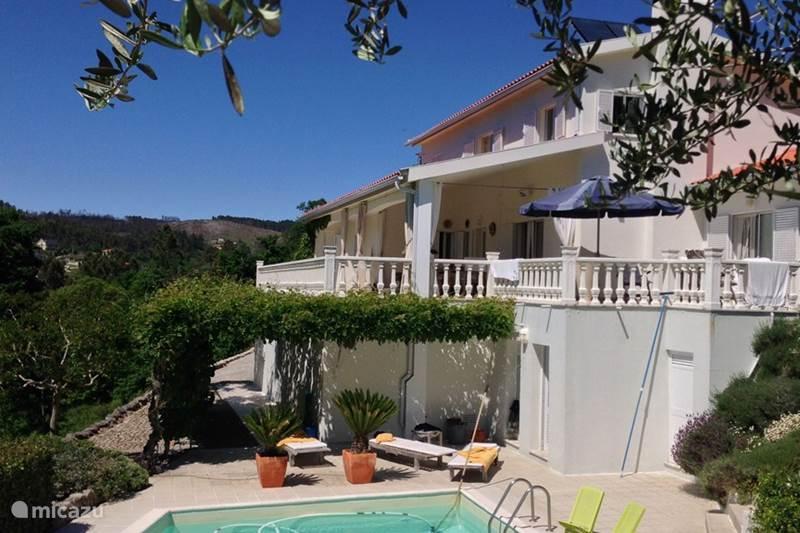 villa villabeira casa renate in casfreires beiras portugal mieten micazu. Black Bedroom Furniture Sets. Home Design Ideas