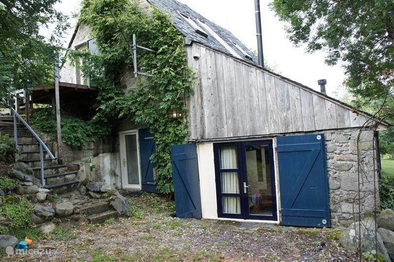 Vakantiehuis Frankrijk, Auvergne, Tauves - vakantiehuis le four en briques