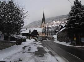 The village in winter, with very clean and passable roads.