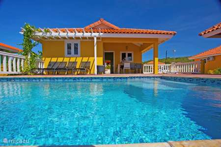 Vacation rental Curaçao, Banda Abou (West), Fontein holiday house Villa Hopi Kontentu