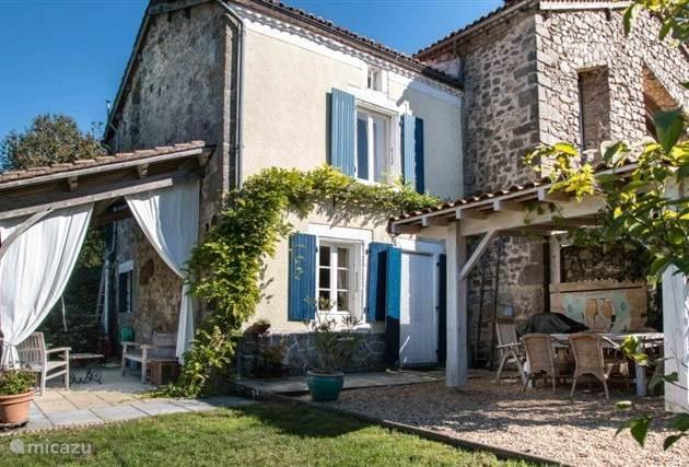 Vakantiehuis Frankrijk, Dordogne, Nontron Gîte / Cottage Elleari