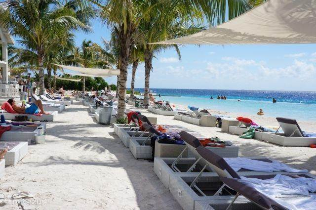 Papagayo beach, Baaij Jan Thiel, Curaçao