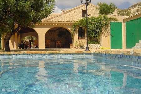 Vacation rental Spain, Costa Blanca, Relleu finca Finca Los Almendros