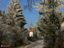Dit is het straatbeeld van Gorica vanaf ons huis in de winter, met zicht op de klokkentoren.