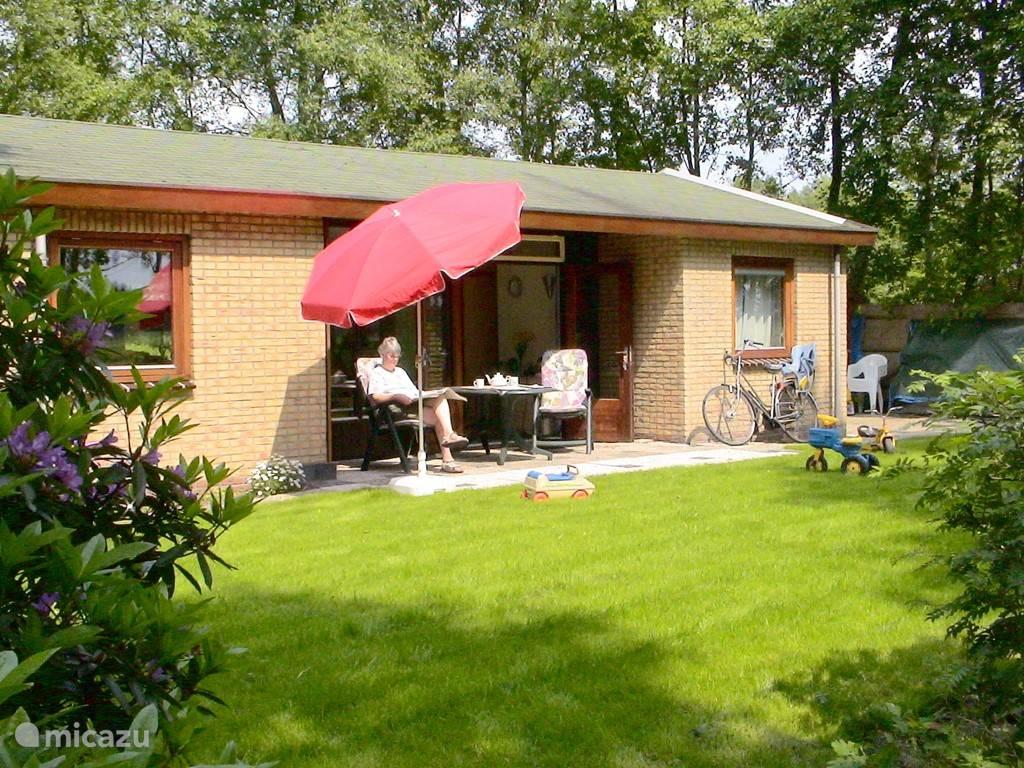 Vakantiehuis Nederland, Drenthe, Hoogeveen - bungalow Nuilerveld