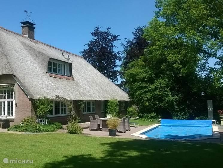Luxe. vakantieboerderij met o.a. privé zwembad, sauna's..