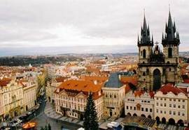 Prague must see! Who has not yet been can not imagine the grandeur of this historic city. Panoramic from a little over an hour on the highway and you're there.