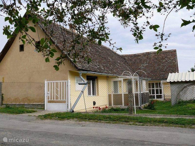 Vakantiehuis Hongarije, Tolna-Mecsek, Kisdorog Vakantiehuis Belga Ház Kisdorog