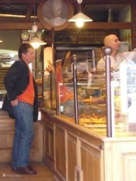Een van de vele bakkerwinkeltjes