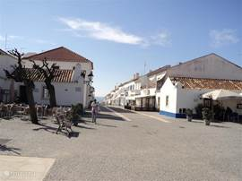 Het prachtige dorpje porto Covo heel leuk en druk in de zomer maar ook zeer mooi in winter en voorjaar.