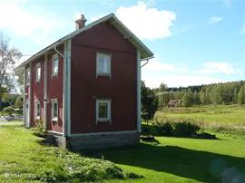 Buitenkant Lilla Hagen met tuin aan achterzijde met genoeg privacy