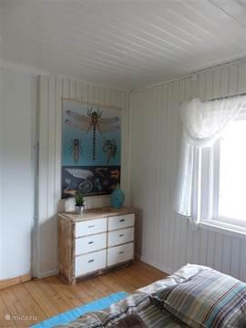 Slaapkamer 2 vanuit andere hoek