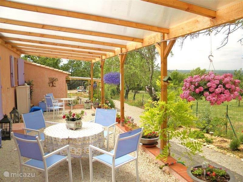 Vacation rental France, Provence – villa Vil 'La Source