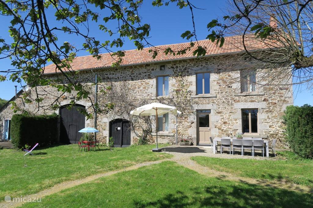 Vacation rental France, Limousin, Villetelle - farmhouse Villa Villetelle