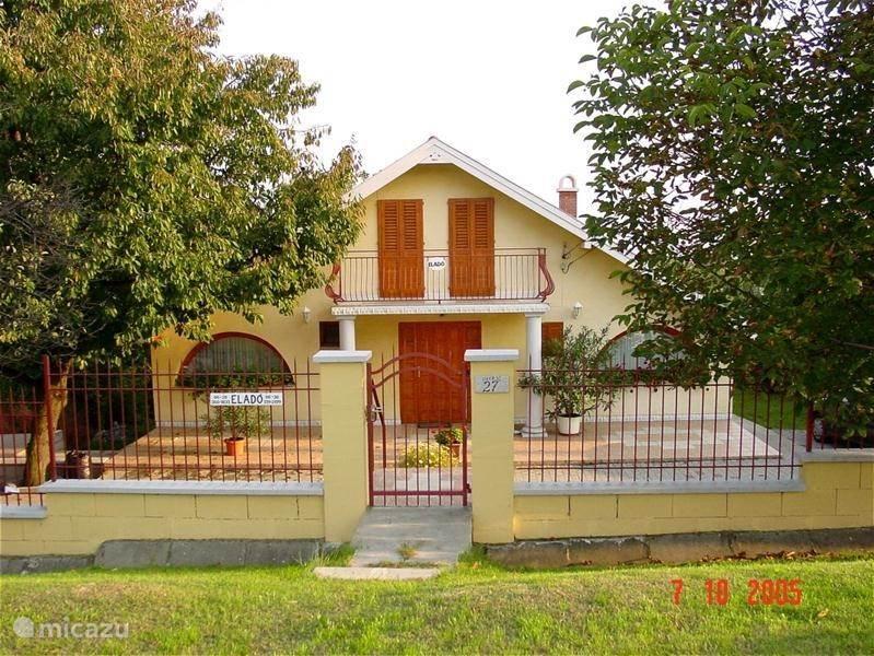 Vacation rental Hungary, Lake Velence, Sukoró Holiday house Solar house with swimming pool
