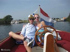Ontdek Friesland vanaf het water, huur een sloep!
