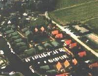Bungalowpark Garijp vanuit de lucht.