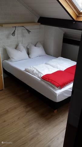bungalow die zunge in bruinisse zeeland niederlande. Black Bedroom Furniture Sets. Home Design Ideas