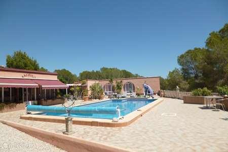 Vacation rental Spain – bungalow Arco Iris