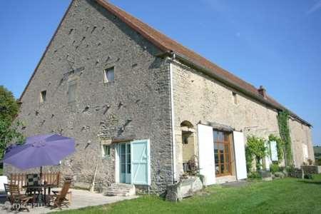 Vakantiehuis Frankrijk, Saône-et-Loire, Vaux-en-Pré boerderij Le Magasin