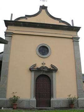 Het prachtige oude kerkje van San Pietro