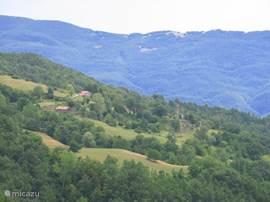 De groene vallei van La Cornice naar Borgotaro