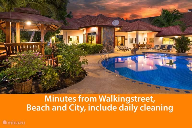 Vakantiehuis Thailand, Oostelijke Golfkust, Pattaya Villa Villa Pattaya Hill met prive zwembad