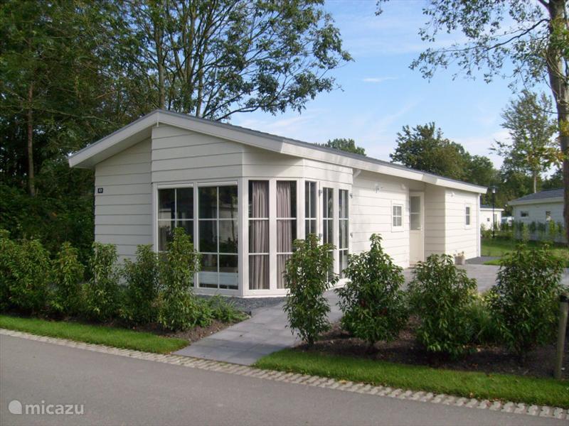 Vakantiehuis Nederland, Noord-Holland, Velsen chalet Vakantiehuis Spaarnwoude