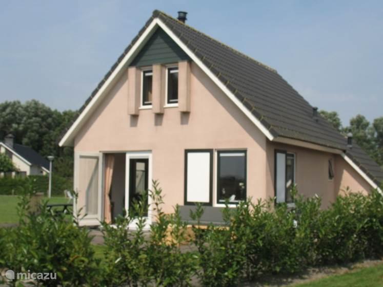 Vakantiehuis Nederland, Friesland, Tzummarum - vakantiehuis Luxe 6 persoons vakantiehuis