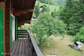 Balkon eerste etage, zuidzijde.