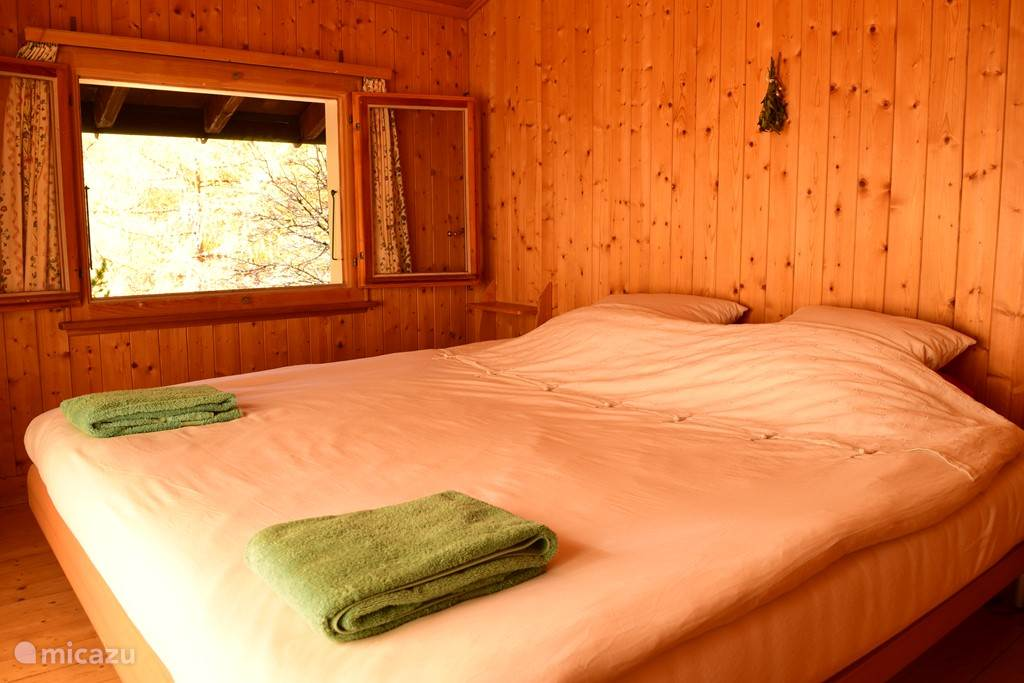 2-persoons slaapkamer boven