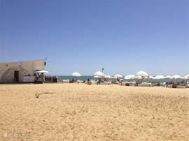 Strand bij Vilamoura.
