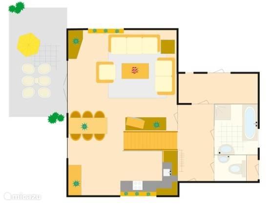 Begane grond met woonkamer, eetkamer, keuken, gasten toilet, berging en hal