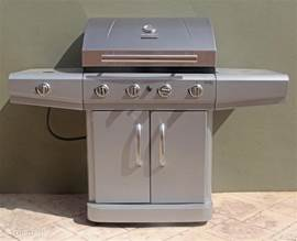 Gas barbecue for common use
