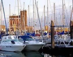 De jachthaven van Breskens is zeker een bezoekje waard. Hier vind u ook de vismijn en het visserijmuseum.